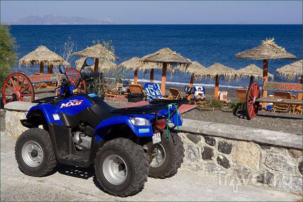 Отличный транспорт – квадроцикл / Фото из Греции