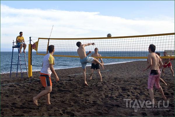 Пляжный волейбол / Фото из Греции