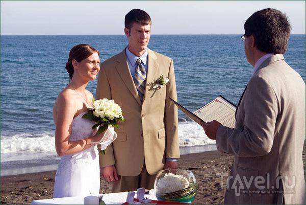 Регистрация брака в Периссе / Фото из Греции