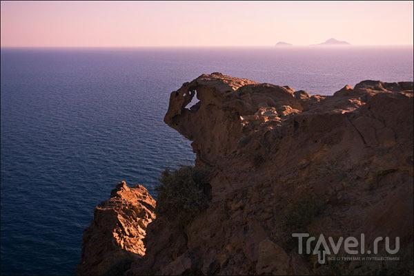 Самая южная окраина острова Санторин / Фото из Греции