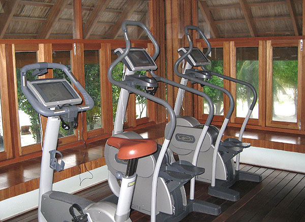 Фитнес-центр отеля, остров Фесду / Фото с Мальдив