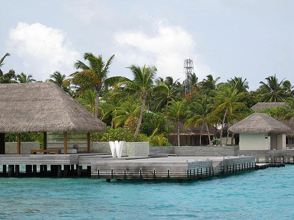Причал на острове Фесду / Фото с Мальдив