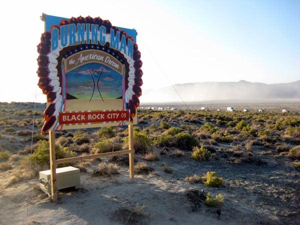 Фестиваль Burning Man в пустыне Блэк-Рок, Невада  / Фото из США