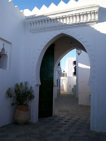 Колоритные здания в Асиле, Марокко / Фото из Марокко
