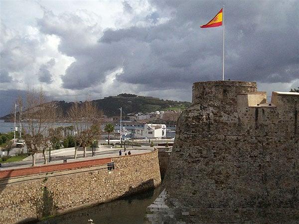 Вид со стен Старого города Сеуты / Фото из Марокко