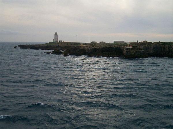 Испанское побережье остается позади... / Фото из Марокко