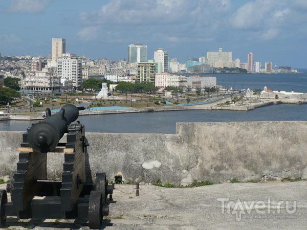 Гавана за крепостной стеной / Фото с Кубы