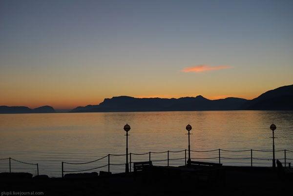 Закат над Согне-фьордом / Фото из Норвегии