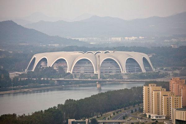Cтадион имени 1 Мая - самый большой в мире / Фото из Северной Кореи