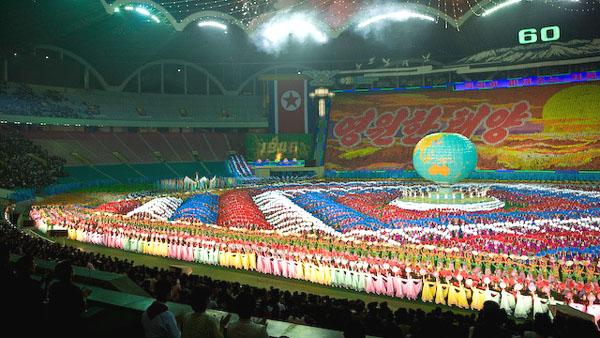 """Завершение шоу """"Ариран"""", Пхеньян / Фото из Северной Кореи"""