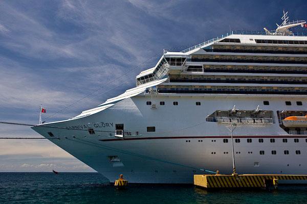 Корабль Carnival Glory / Фото из Мексики