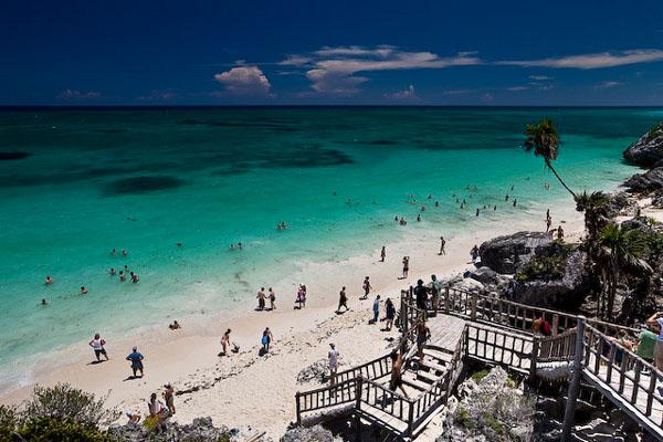 Пляж на мексиканском побережье / Фото из Мексики