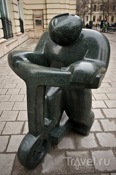 Оригинальные уличные скульптуры в Будапеште / Фото из Венгрии.