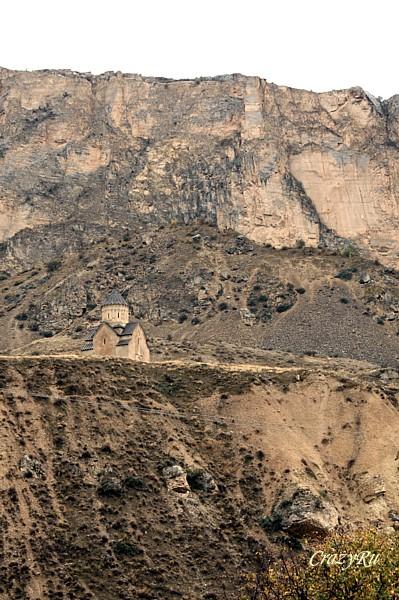 Церковь Сурб-Аствацацин (Богородицы) в Арени, Армения / Фото из Армении