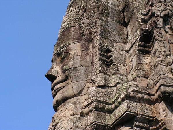 Одна из башен храма Байон / Фото из Камбоджи
