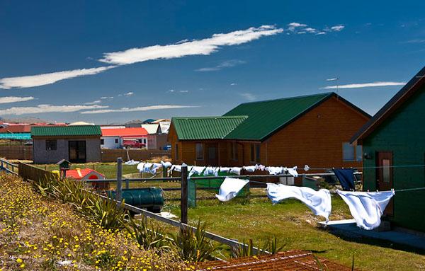 В Порт-Стэнли постоянно дуют сильные ветры / Фото с Фолклендских островов