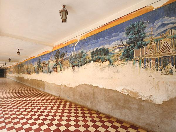 Галерея с фресками у Серебряной пагоды, Пномпень / Фото из Камбоджи
