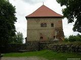 Полуостровной замок, каменные укрепления / Литва