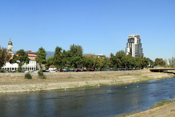 Река Вардар, Скопье / Фото из Македонии