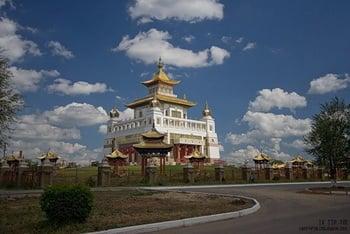 Центральный хурул Гол-Сюме / Россия