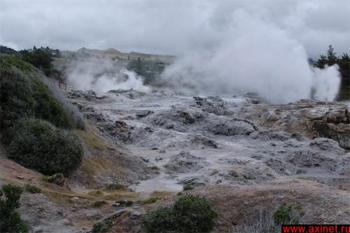 Гейзеры и испарения / Новая Зеландия