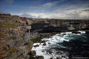 Море и скалы / Ирландия