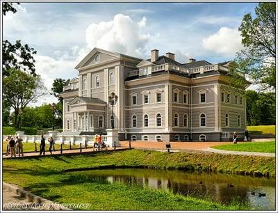Живописный дворец / Россия