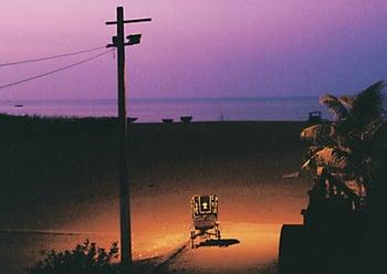 Вид с балкона ночью / Индия