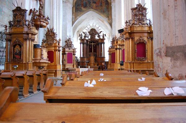 Интерьер Бернардинского костела в Вильнюсе / Фото из Латвии