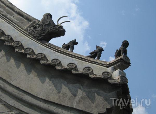 Карниз дома на бадалинском участке Великой Китайской стены / Фото из Китая