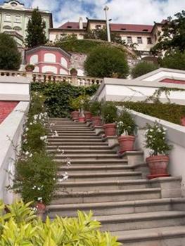 Сады под Пражским Градом, лестница / Чехия
