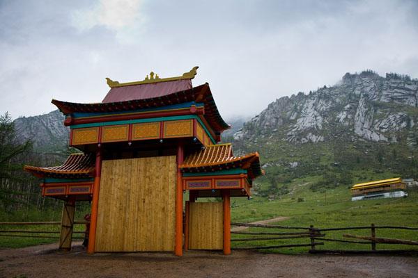 У въезда в национальный парк Горхи-Тэрэлж / Фото из Монголии