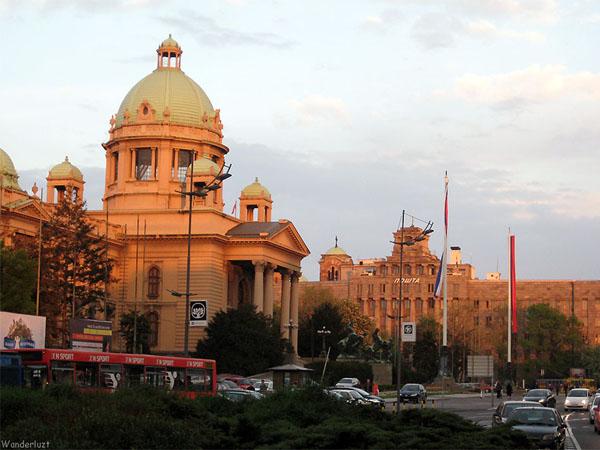 Здания парламента и почты в столице Сербии - Белграде / Фото из Сербии