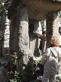 """Заряжающая"" могила Алана Кардека  / Франция"