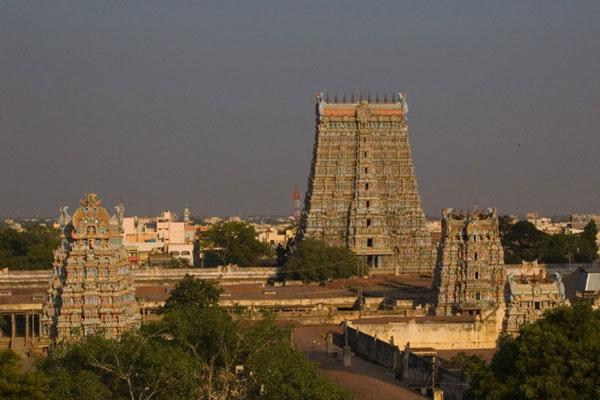 Храм Минакши Сундарешвары в городе Мадурай / Фото из Индии