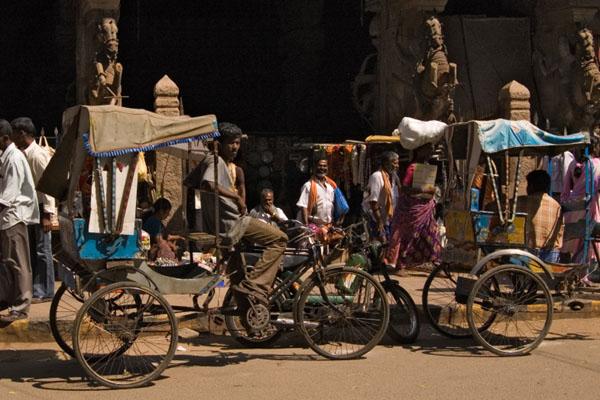 На улицах города Мадурай в Индии / Фото из Индии