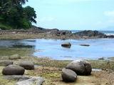Рядом с пляжем Бу Валло, остров Маэ / Сейшелы