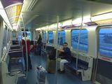 В вагоне поезда AirTrain / США