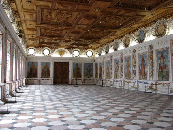 Испанский зал в замке Амбрас, Инсбрук / Фото из Австрии
