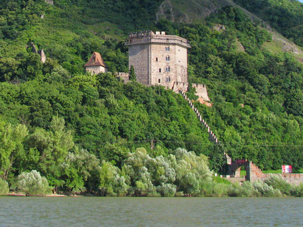 Башня Соломона - пристанище легендарного Дракулы, Вишеград / Фото из Венгрии