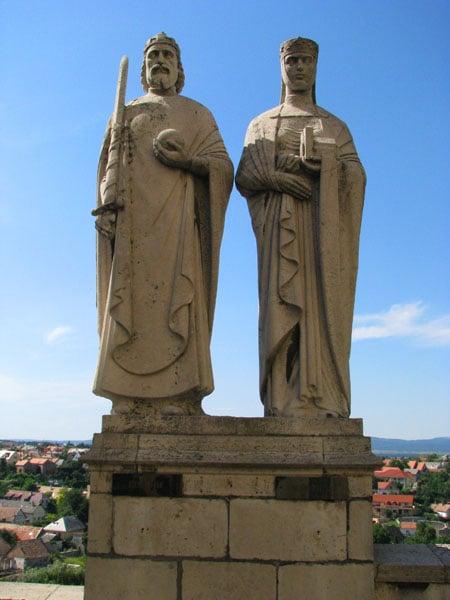 Памятник Иштвану и Гизелле, Веспрем / Фото из Венгрии