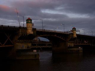 Мост / США