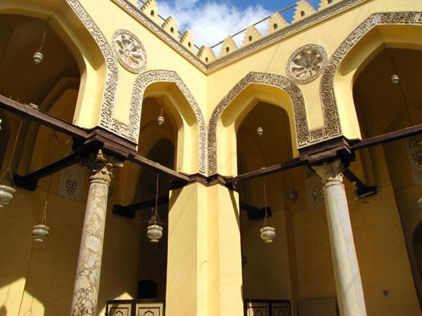 В мечети Ал-Акмар, Каир / Фото из Египта
