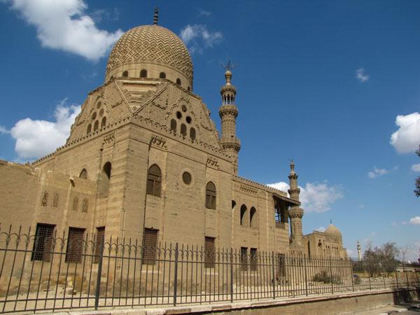 Достопримечательности Северного кладбища -  комплексы эмира Куркумыса и султана Инала, Каир / Фото из Египта