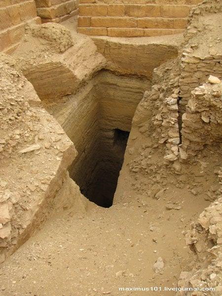 Мастабы и шахты южнее комплекса Джосера, Саккара / Фото из Египта