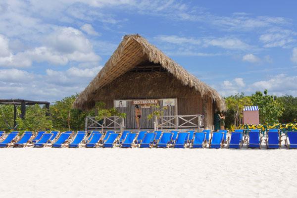 На тропическом пляже, недалеко от острова Косумель / Фото из Мексики