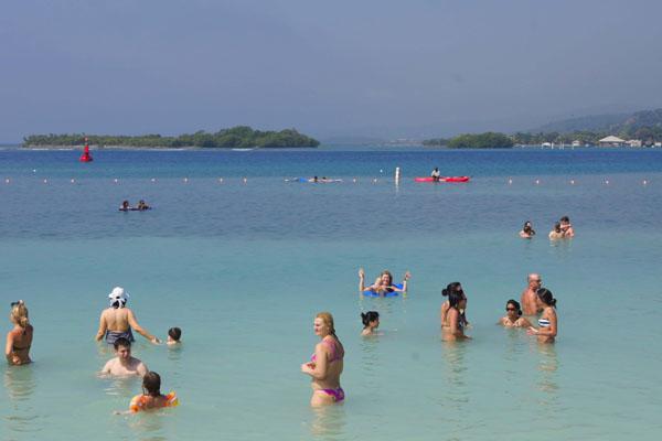 Роатан - рай для пляжного отдыха / Фото из Мексики