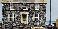 В Риме построят отель из мусора. // coronasavethebeach.org