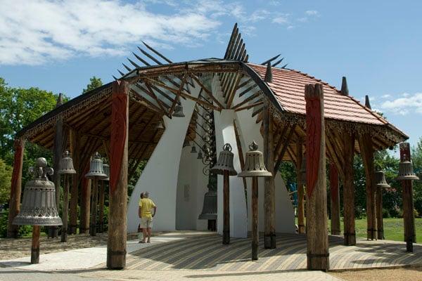 Дом с колоколами - одна из достопримечательностей Хайдусобосло / Фото из Венгрии