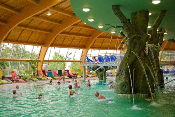 В парке водных развлечений Aqua Palace, Хайдусобосло / Фото из Венгрии
